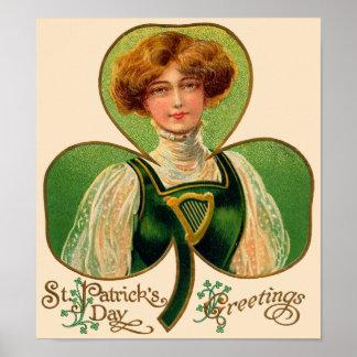 Poster del día de St Patrick irlandés de la muchac