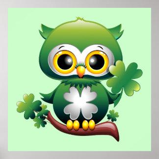 Poster del dibujo animado de St Patrick del búho d