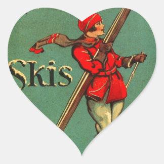 Poster del esquí del vintage, esquís de la tierra pegatina en forma de corazón