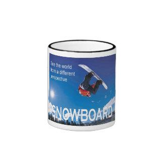 Poster del esquí del vintage, snowboard, taza de dos colores