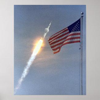 Poster del lanzamiento de Apolo 11
