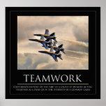 Poster del trabajo en equipo de los ángeles azules