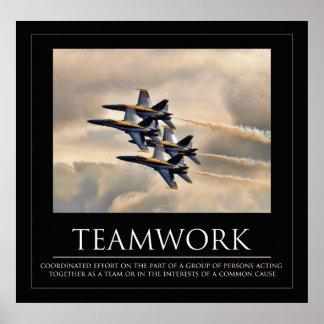 Poster del trabajo en equipo de los ángeles azules póster