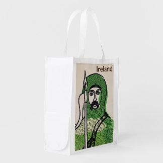 Poster del viaje del vintage del caballero de bolsas de la compra