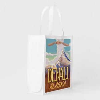 Poster del viaje del vintage del dibujo animado de bolsa de la compra