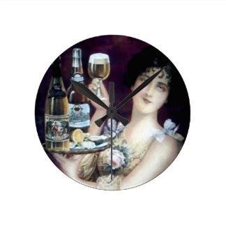 Poster del vintage de la criada de la barra relojes