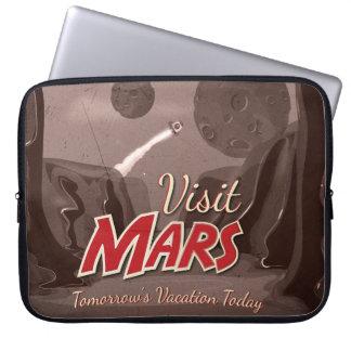 Poster del vintage de Marte de la visita Fundas Computadoras