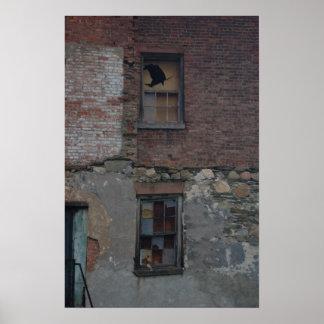 Poster-Edificio 1a-Side de un edificio viejo