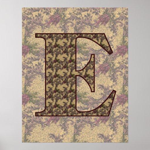 Poster floral elegante con monograma de la inicial