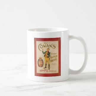 Poster irlandés del whisky de Cowan del vintage Taza Básica Blanca