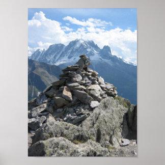 Poster: Mojón en las montañas