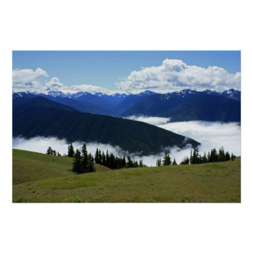 Poster olímpico de las montañas brumosas