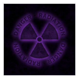 Poster púrpura del símbolo de la radiación
