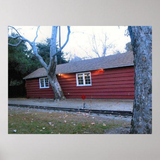 Poster rojo de la casa de Parque Griffith