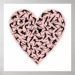 Poster rosado bonito del corazón de la danza
