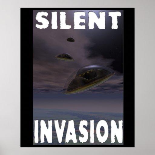 Poster silencioso de la invasión póster