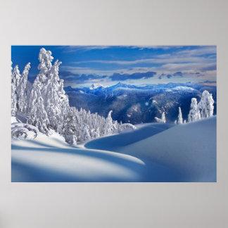 Poster superior de las montañas de la nieve