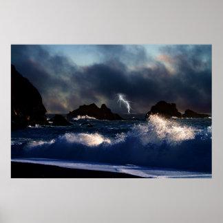 Poster tempestuoso de los mares