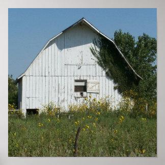poster viejo blanco del granero