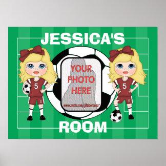 Posters adaptables del sitio del chica del fútbol