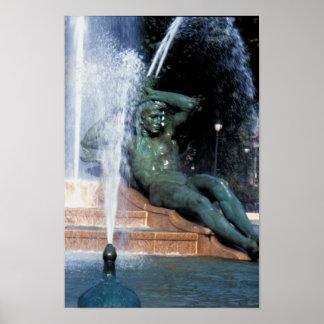 POSTERS - Logan Fountain 04