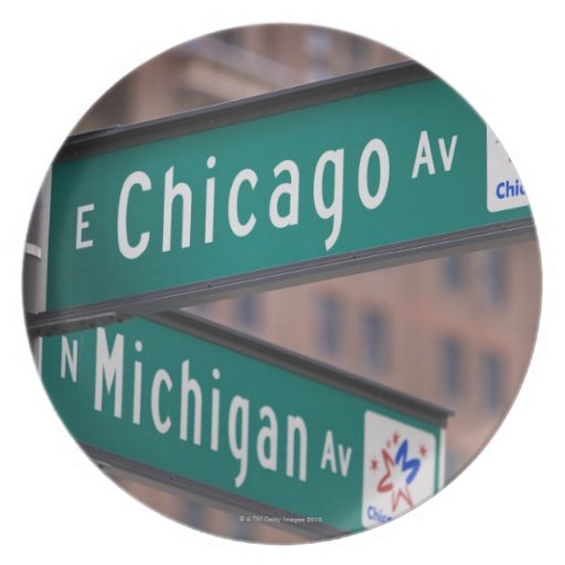 Postes indicadores de la avenida de Chicago y de Plato De Comida