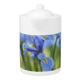 Pote azul del té del iris