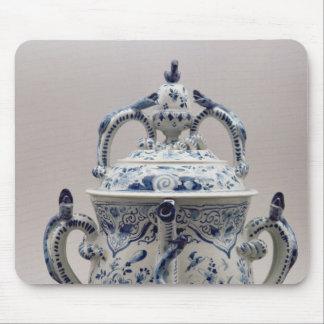 Pote, azul y blanco del posset de Lambeth Delftwar Tapetes De Raton
