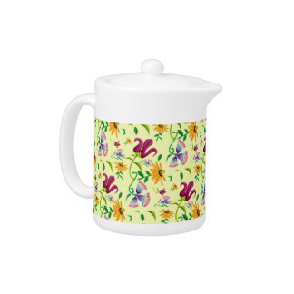 Pote bonito del té del estampado de flores de las