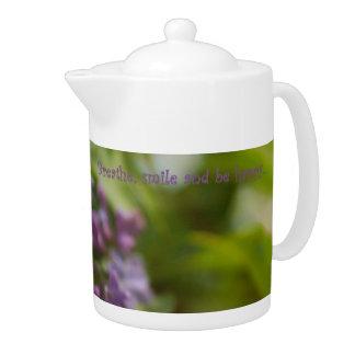 Pote del té de la lila