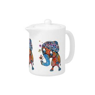 Pote lindo del té del elefante de Trunky