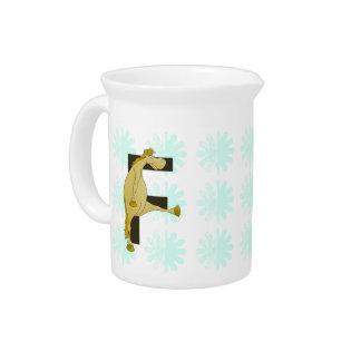 Potro de la letra F del monograma Jarra Para Bebida