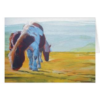 Potros de Dartmoor y pintura de paisaje brumosa Tarjeta De Felicitación