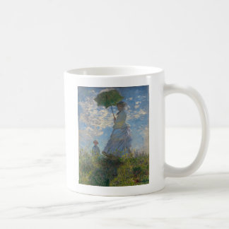 Pours the parasol the woman (mone lady) who coffee mug