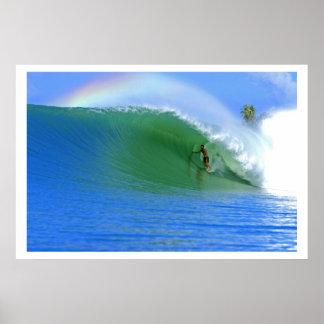 Practicar surf el poster perfecto de la onda