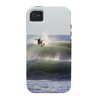 Practicar surf la costa de Wairarapa en Nueva Zela iPhone 4 Carcasa