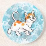 Práctico de costa anaranjado y blanco del gatito posavasos para bebidas