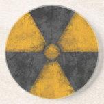 Práctico de costa apenado del símbolo de la radiac posavasos personalizados