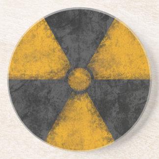Práctico de costa apenado del símbolo de la radiac posavasos manualidades