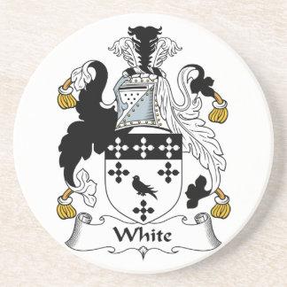 Práctico de costa blanco del escudo de la familia posavasos manualidades