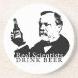 Práctico de costa - cerveza real de la bebida de l posavasos diseño