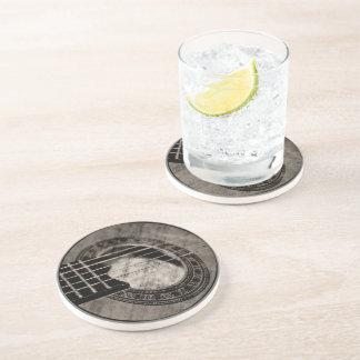 Práctico de costa clásico de la piedra arenisca de posavaso para bebida