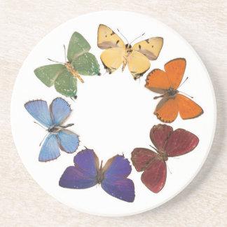 Práctico de costa con el anillo de la mariposa posavasos personalizados