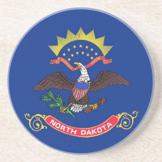 Práctico de costa con la bandera del Dakota del No Posavasos Diseño