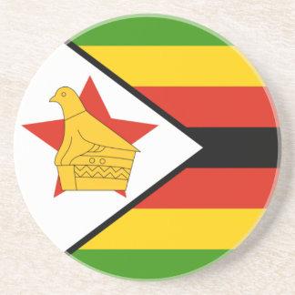 Práctico de costa de la bandera de Zimbabwe Posavasos Cerveza