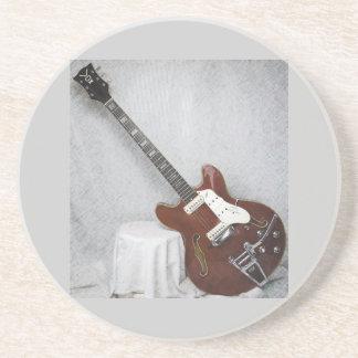 Práctico de costa de la guitarra de la voz del vin posavaso para bebida