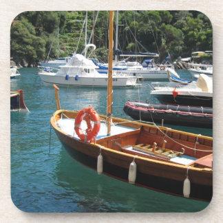 Práctico de costa de los barcos posavasos de bebida