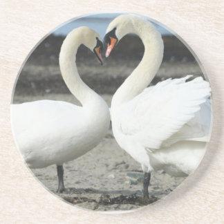 Práctico de costa del amor del cisne posavasos personalizados