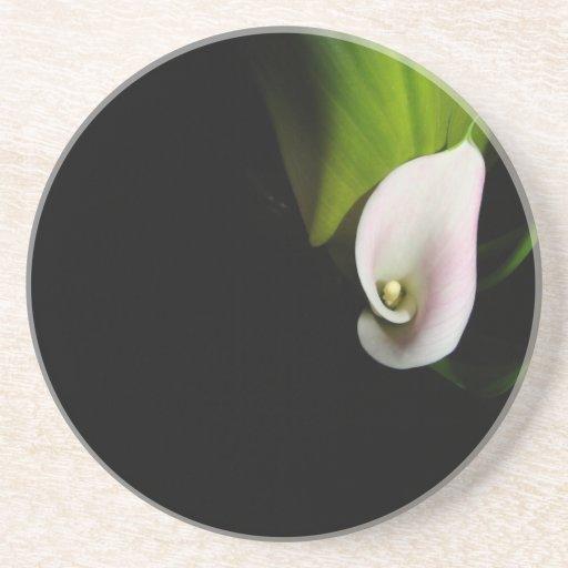 Práctico de costa del arte de la flor de la cala posavasos diseño
