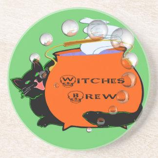 Práctico de costa del Brew de las brujas del gato  Posavasos Personalizados
